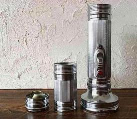 老式手电筒